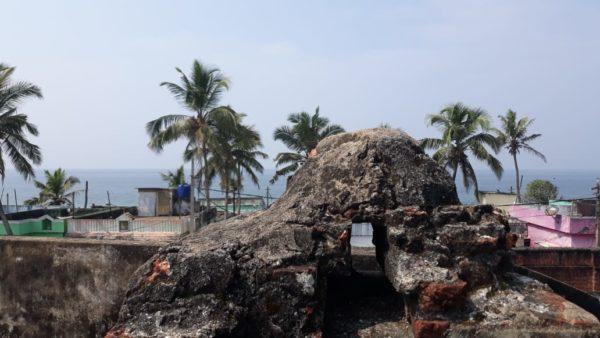 Первое торговое поселение англичан в Индии - Форт Анженго