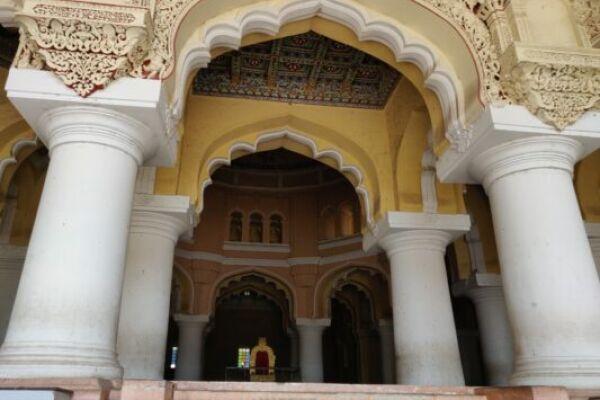 Тирумалай Наякар Махал— королевский дворец в Мадурае