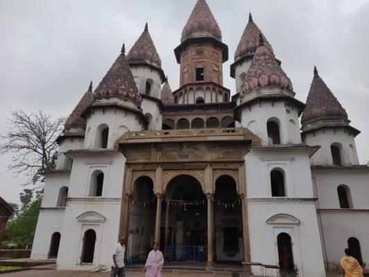 Кална- место Гаури Даса Пандита
